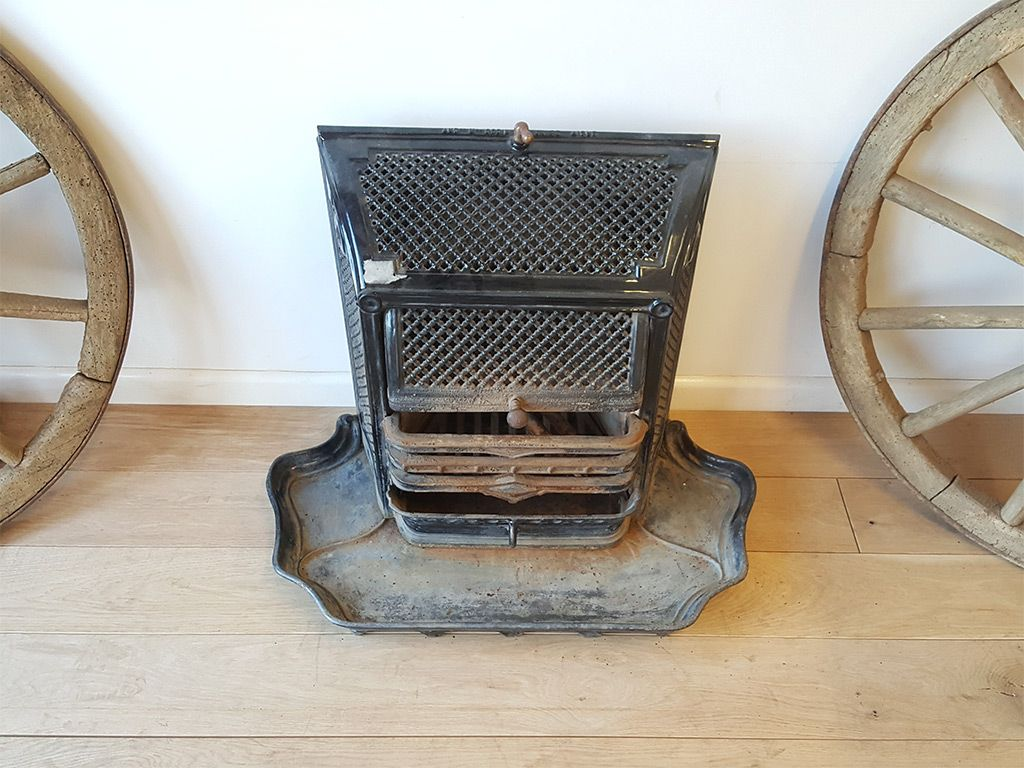 French cast iron fire insert