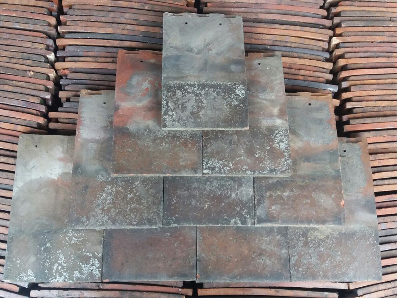 Reclaimed Red Machine Made Smooth Rosemary Roof Tiles