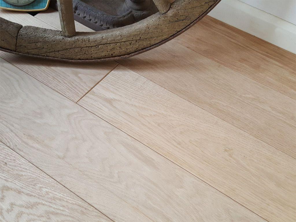 Engineered and solid oak flooring for Solid oak hardwood flooring