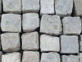 Reclaimed Silver Grey Granite Setts Cubes