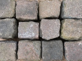 Reclaimed Pink Granite Setts Cubes