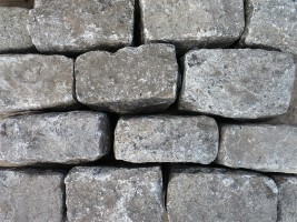Reclaimed Silver Grey Granite Setts Random