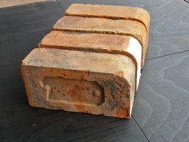 Reclaimed Birmingham Single Calf Nose Bricks