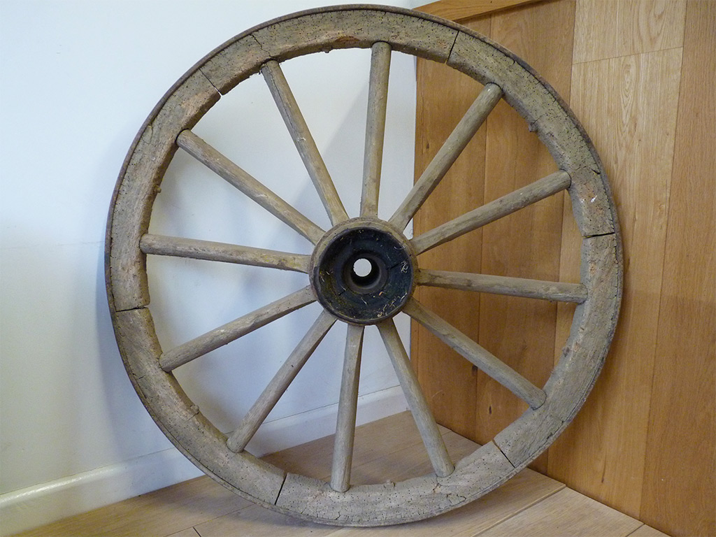 Reclaimed wooden cart/wagon wheel decorative feature